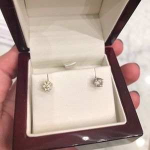 Jewelry - .88 carat TW- Diamond Stud Earrings- locking back